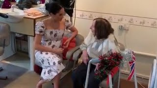 Duchess Of Sussex Meghan Visits Royal Variety Nursing Home Brinsworth House! | Dec 2018