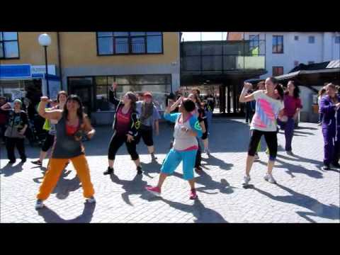 Flash mob - Zumba (R) Fitness Stockholm - Sweden