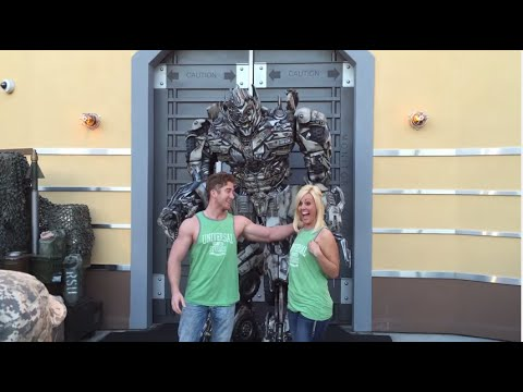 HILARIOUS Transformers Megatron Having Fun with Guests - Interactive Talking Transformers