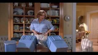 #788) Serial Mom (1994)