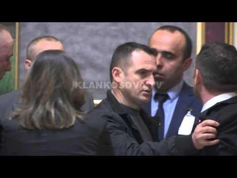 Selimi tha: Ti s'më prekë - 10.03.2016 - Klan Kosova