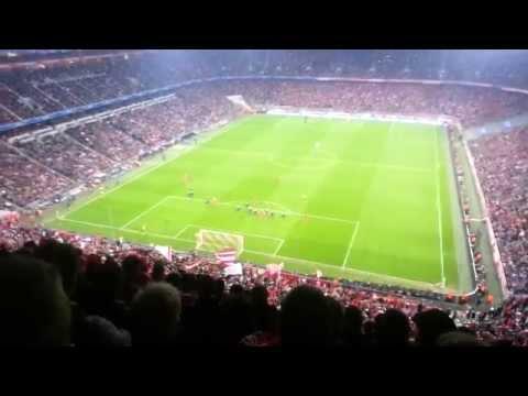 Bayern Munich vs Manchester United 3-1 Allianz ِArena Fans (09/04/2014) AMAZING ATMOSPHERE !!
