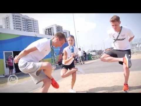 Die Larasch-ischen Spiele Disziplin 5: Gleichgewicht mit Julian Flügel und Philipp Flieger