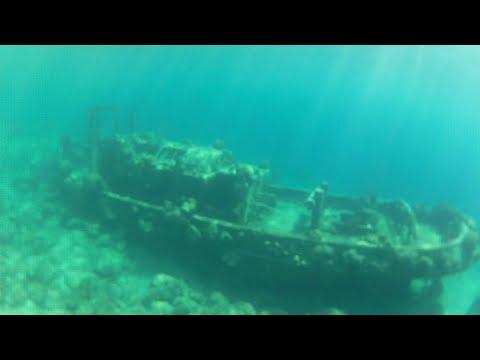 Sunken TugBoat  - Urban Exploration - URBEX - Abandoned Boat / Ship - Curaçao 2016