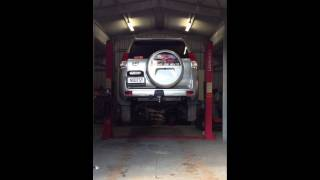 launch 3.5t car hoist lifting time with toyota landcruiser kakadu on it
