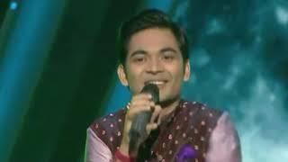 mora-saiyaan-mose-bole-na-song-by-soumya-indian-idol-10