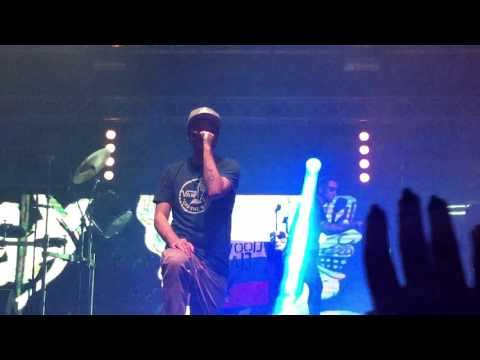 Hollywood Undead- Party By Myself ( Live Yekaterinburg 06.03.2016 )