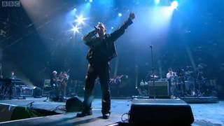 U2 - With Or Without You - Moment Of Surrender - Live At Glastonbury 2011