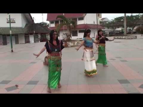 05.10.2014. Rantepao - Toraja dance