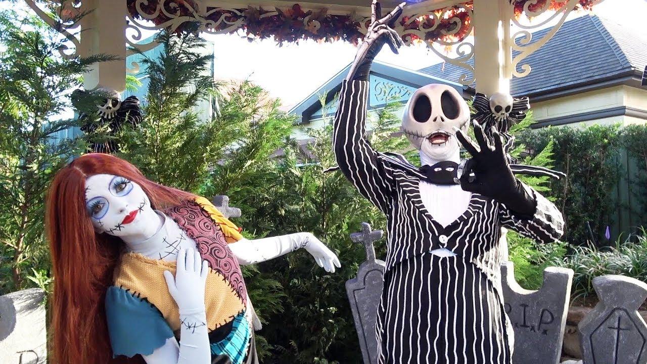 Halloween Jack Skellington Scary.Jack Skellington Sally Meet Greet At Mickey S Not So Scary Halloween Party 2018 Magic Kingdom