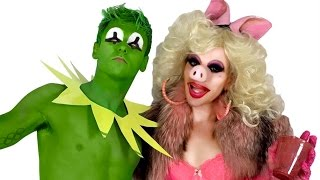 Kermit and Miss Piggy with Willam and Trixie!