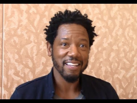 Colony  Tory Kittles , Season 3 Comic Con