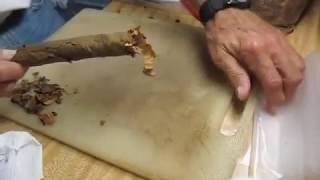 Скрутка сигары из стрипса с помощью куска пленки.
