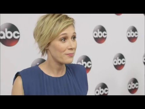 Liza Weil divorcing Paul Adelstein after nearly 10 years of marriage | Liza Weil files for divorce