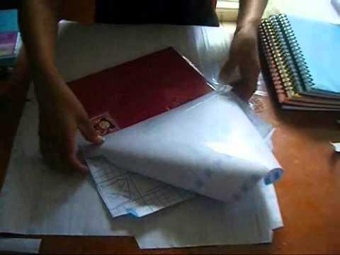 Como forrar cuadernos con papel contac 2 xjara youtube for Papel para forrar puertas