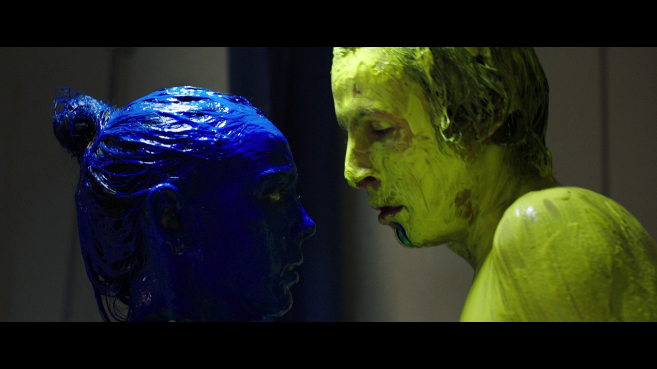 raw l official movie clip hd l yellow and blue make green youtube. Black Bedroom Furniture Sets. Home Design Ideas