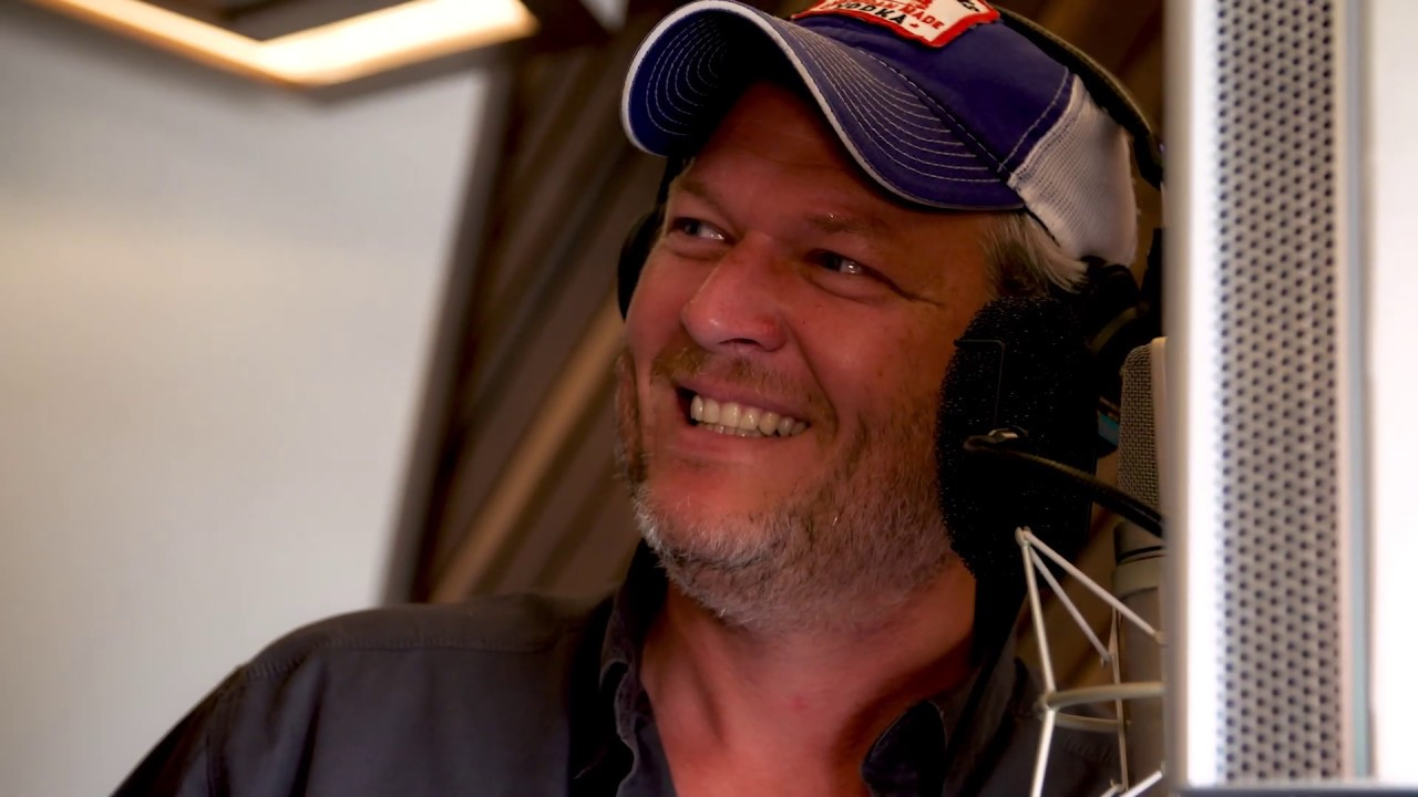 """Blake Shelton — """"Hell Right (ft. Trace Adkins)"""" [Behind The Scenes]"""