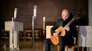 [Naxos 8.573362] Emanuele Buono Guitar Recital: Omaggio a Boccherini - III. Tempo di menuetto