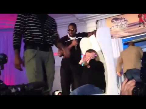 Miami Heat Battioke Lebron James & Dwyane Wade Singing