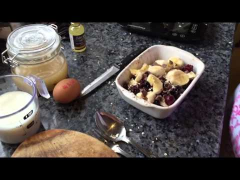 Baked fruit oats