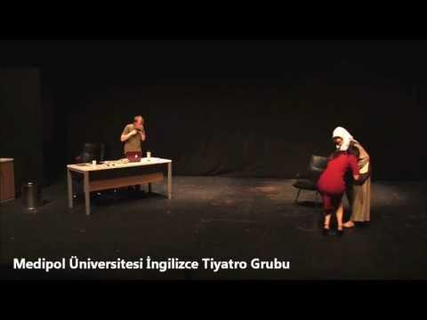 "Medipol Üniversitesi İngilizce Tiyatro Grubu ""Summer School Interview"" oyunu"