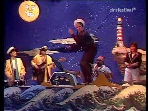 Frl Menke  Tretboot in Seenot