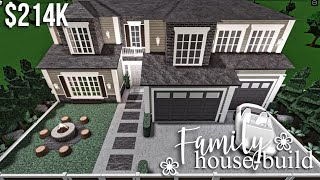 Family House Build | Roblox Bloxburg | GamingwithV