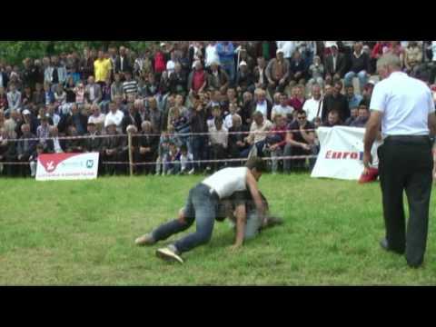 Mundja tradicionale - Top Channel Albania - News - Lajme