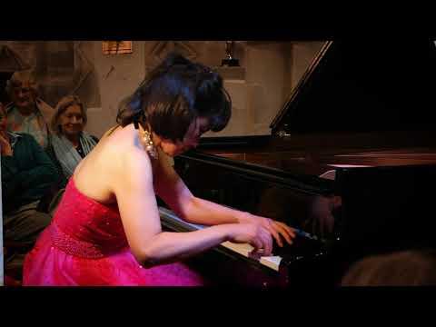 """Noriko Ogawa performing """"La campanella"""" at the Winchfield Festival 2018"""