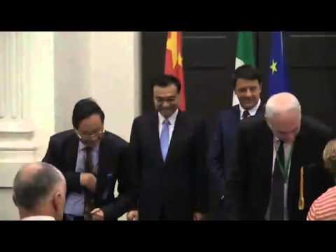 Italia Cina Matteo Renzi e Premier Li Keqiang Firma Accordi