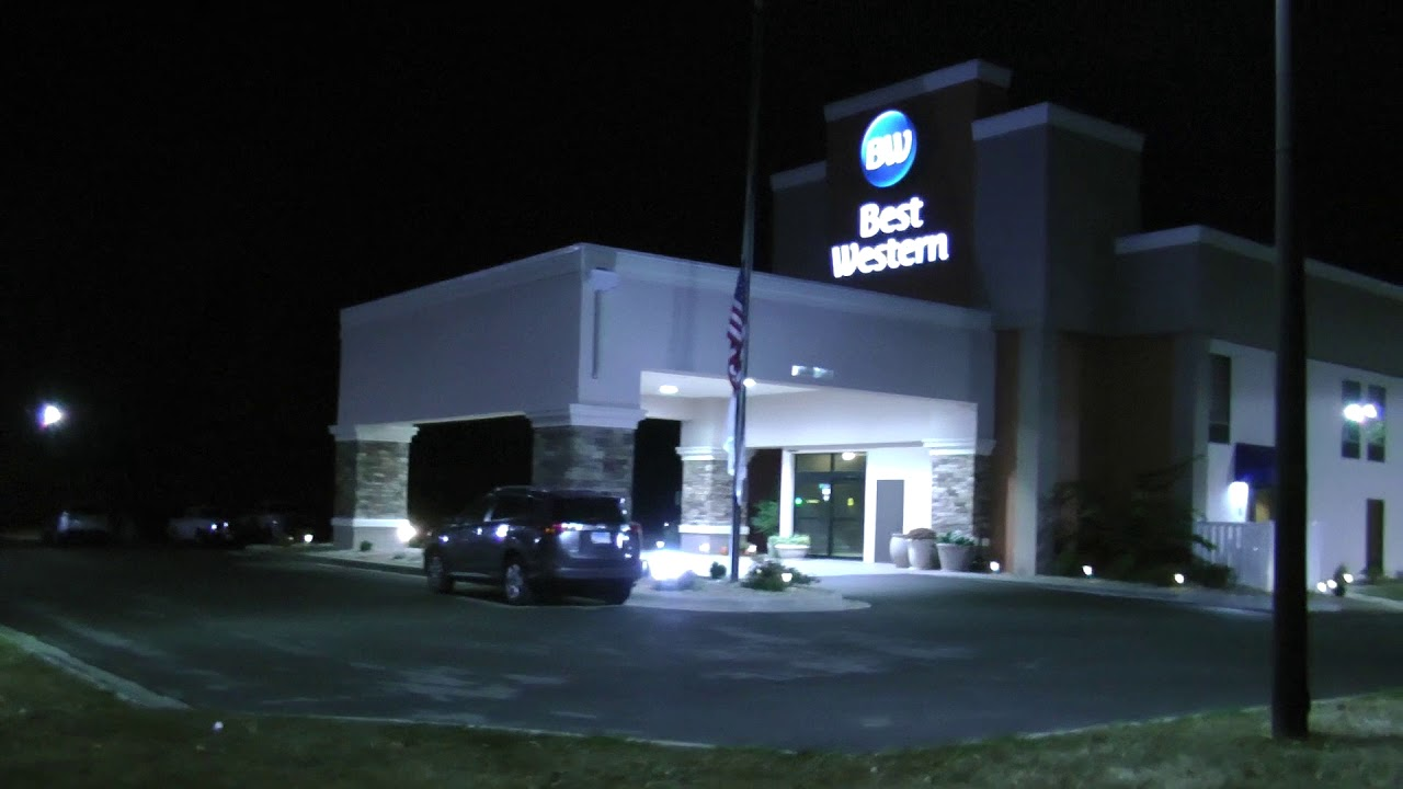 Awesome Night View Exterior Of Best Western Motel Effingham, Illinois