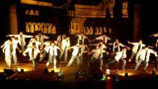 prep school dance on the song aai pappi