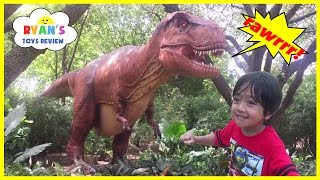 GIANT LIFE SIZE DINOSAUR Theme Park at the Zoo! thumbnail