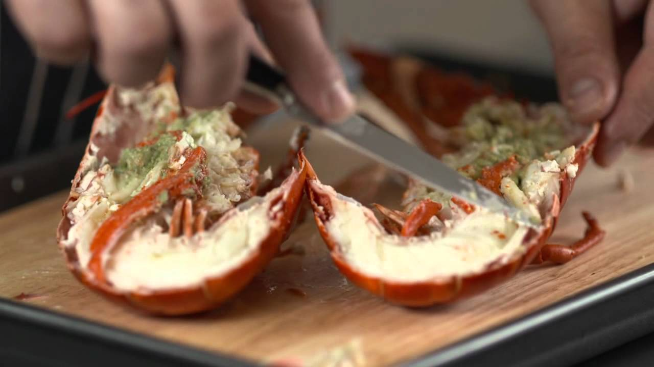 How To - prepare a cooked lobster - YouTube
