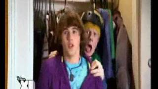 Zeke and Luther - Intro (Greek)