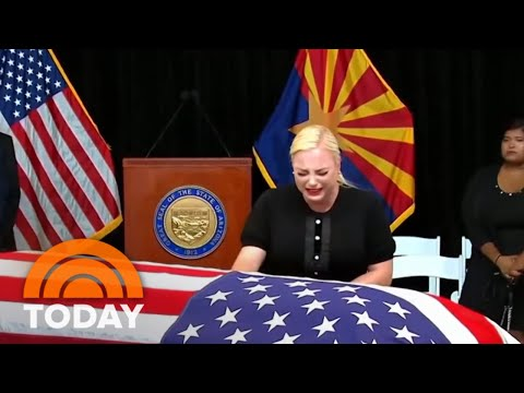 Sen. John McCain's Family Greets Mourners In Arizona Paying Final Respects To Senator | TODAY