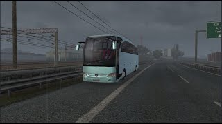 Please Subscribe For More Videos   Details & Download From http://www.modhub.us/euro-truck-simulator-2-mods/travego-special-edition-v6-5-v6-5/        Innovations; the cabin floors have been completely renewed-the cabin lights have been renewed. Glass door animations were made. Special engine sound was made to 15-17 SHD. The Air Brake added real valve sound. Air horn and signal tone were added. The torpedo covered AO from the start. New gear designed. The radio, tachograph and air conditioning control panel bar and floor were scratched from the beginning and slotted in pianoblack, chrome, wood and plastic. The mirrors were replaced by the original reel (note that on some MOD buses the cab is apparently attached to the glass). The Physiques Have Been Rearranged.  Credits: Eme?i Geçenler; Proje Sahibi: OyuncuyusBisMods Model: Cenker Seçkin – Can Sökmen 1.38 oyuna aktaran: Artin Kazanciyan Fmod Ses: Metehan Bilal – Kriechbaum Baz? 3D Modeller: ?smail Arslan Fizikler: Tolga Sadi (deTBiT) Skinler: Hakan Terzi Logolar: Abdullah Zengin – Erdem Ak?n