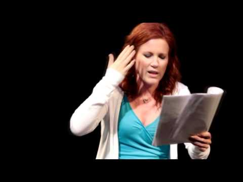 Elisa Donovan Reads from