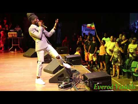 Sizzla Kalonji Performing at  Reggae in The Park 2017