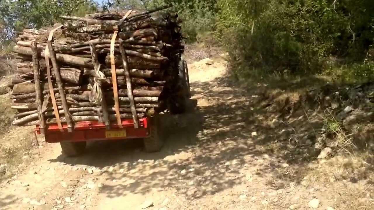 Esbosco con lamborghini r3evo 110 cesta anteriore for Rimorchio agricolo piemonte