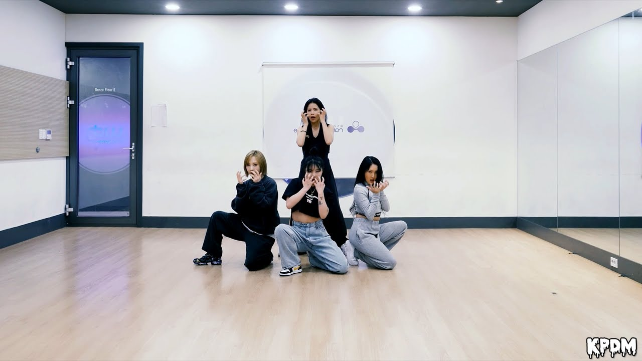 MAMAMOO (마마무) - AYA Dance Practice (Mirrored)