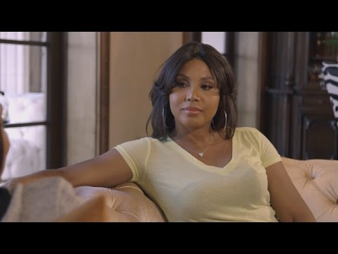 EXCLUSIVE: Toni Braxton's Sister Wants To Help Her Find A New Man On 'Braxton Family Values'