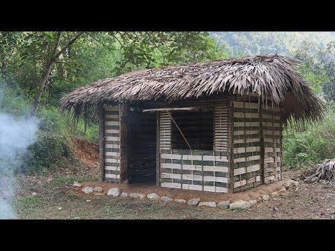 Primitive Skills: Use the stone ax to make the primitive Hut (primitive technology skills) Part 1