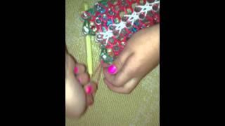 Christmas Rainbow Loom Part12
