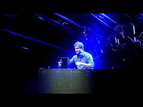 Not Giving Up On Love, Dash Berlin 4AM Mix, Live Concert, Oakland, California, 2011