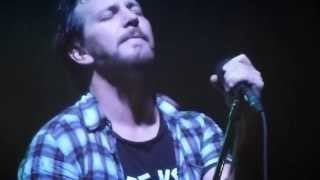 Chloe Dancer / Crown of Thorns - 10/25/13 - [Pearl Jam] - [Multicam/HQ-Audio] - XL Center - Hartford