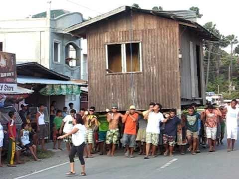 Как переносят дома. Филиппины.
