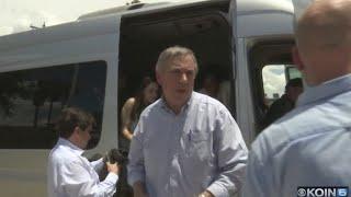 Sen. Merkley at Tex-Mex border over immigration policy
