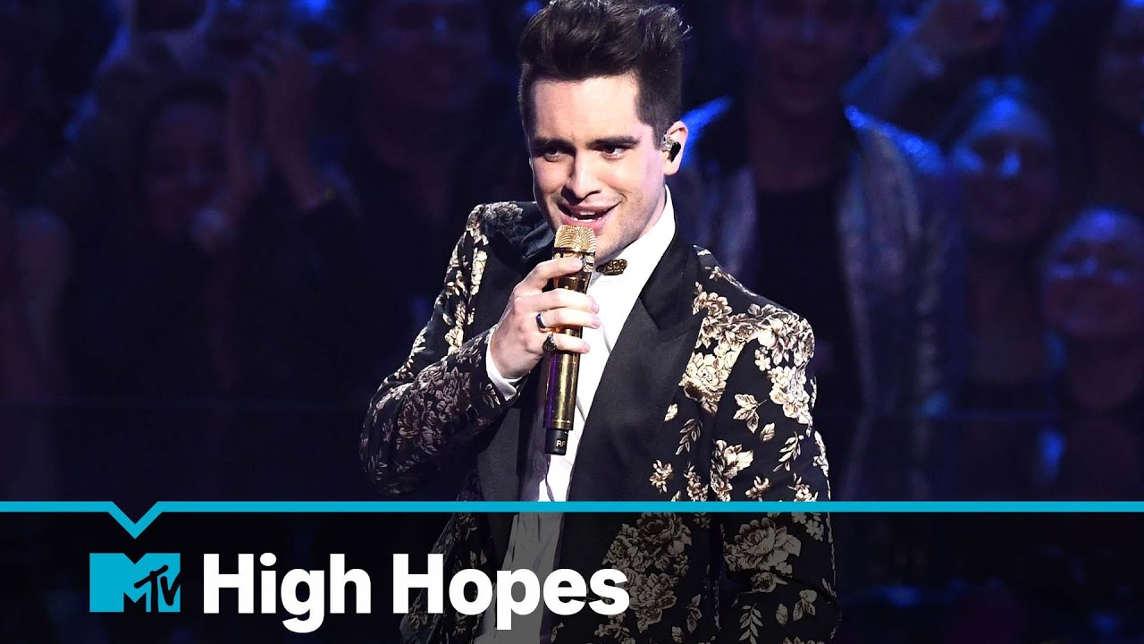 "Panic! At The Disco Perform ""High Hopes"""