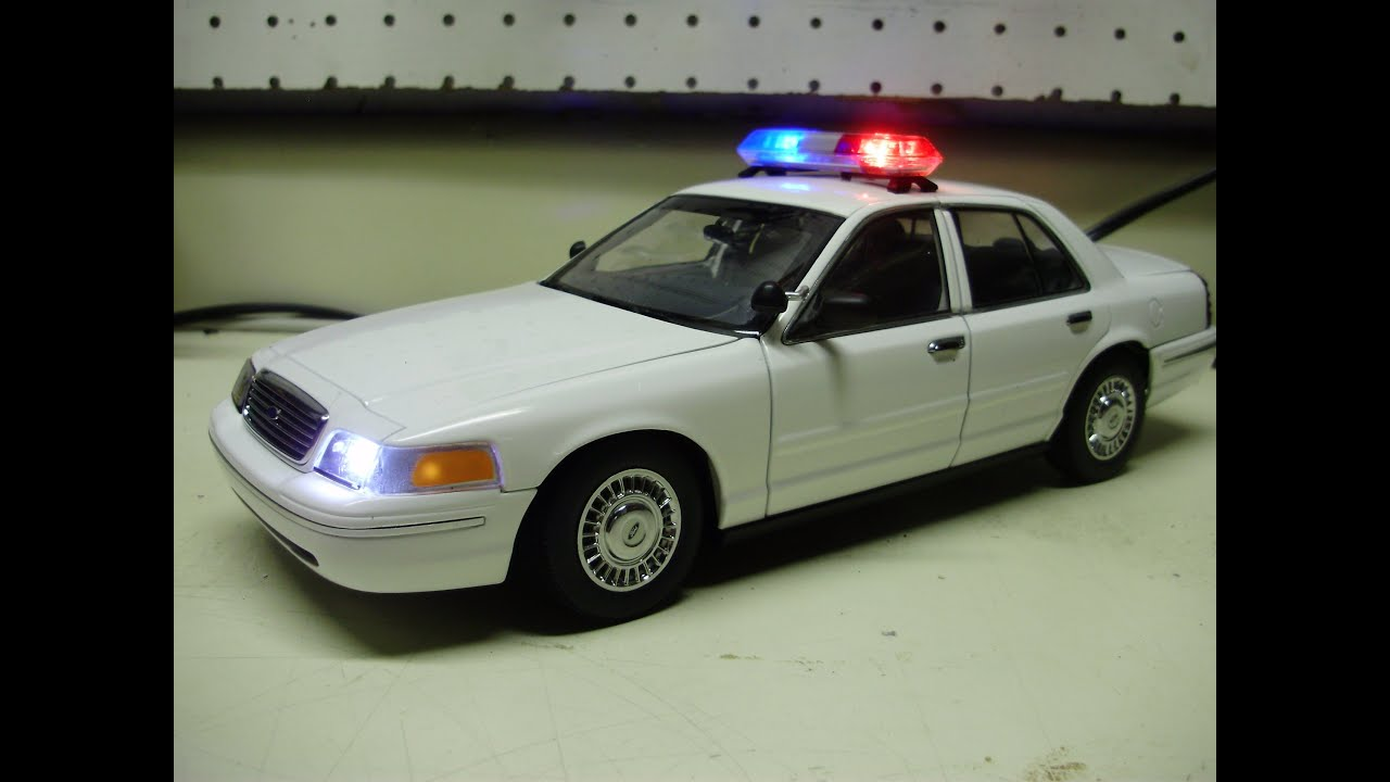 Custom 1 18 auto art ford crown vic diecast police car w working lights youtube